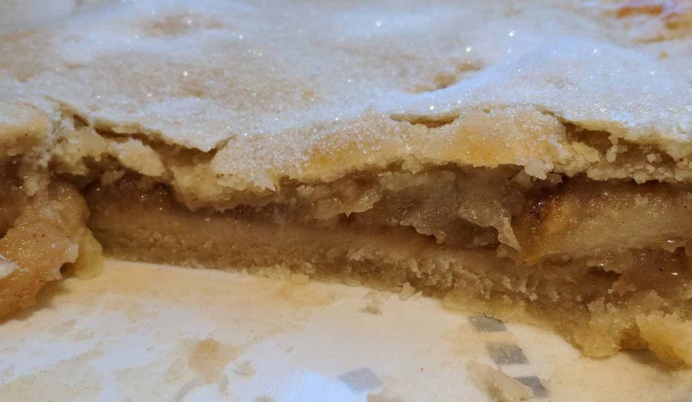 Mums NI Reviews - GBBO Imelda's Traditional Shallow Plate Apple Pie